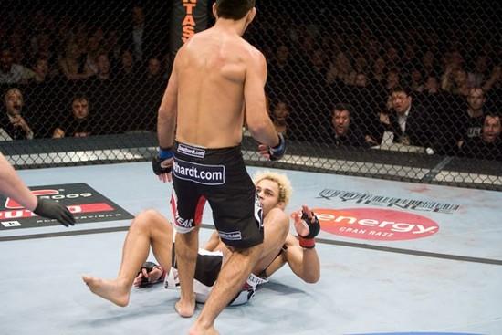 UFC 95 - Thiago vs. Koscheck